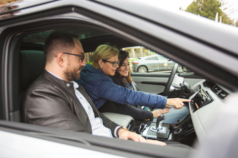 Predvádzacie jazdy na novom Range Roveri Evoque
