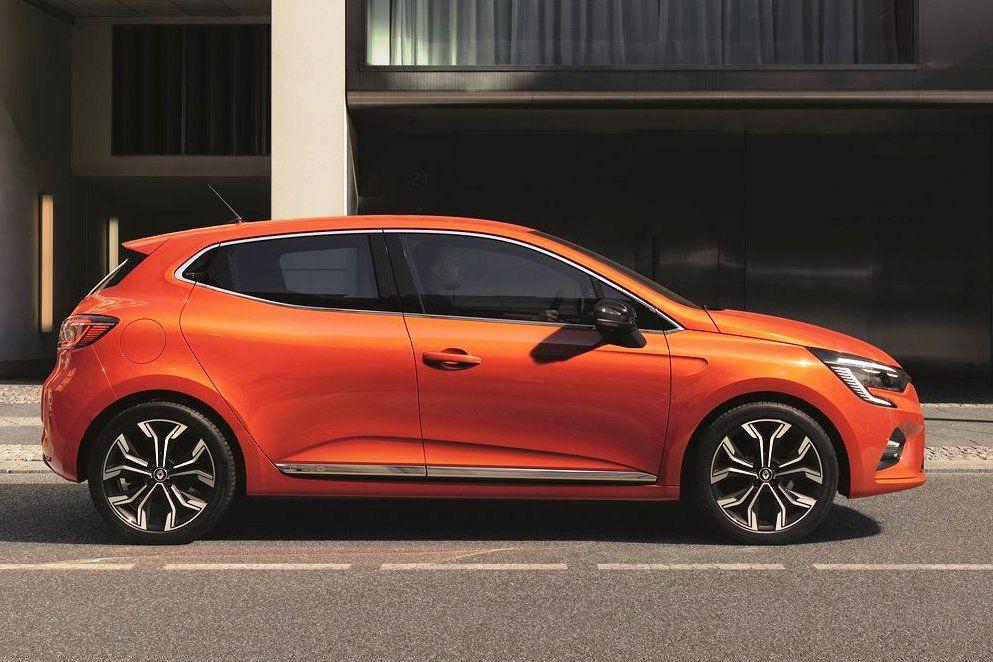 Renault Clio: Zvonka evolúcia, zvnútra revolúcia
